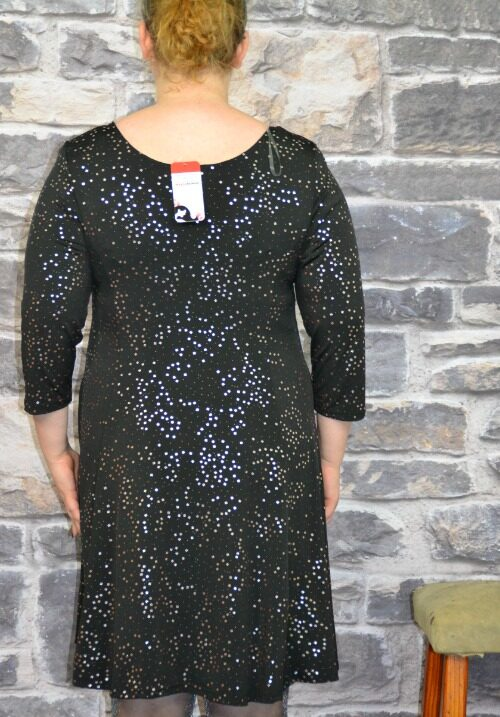 www.plus-Q.dk sort kjole med sølv uldlook