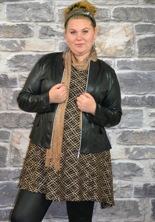 www.plus-q.dk nannas outfit til årets siste dag - guld og læderllok fra Magna