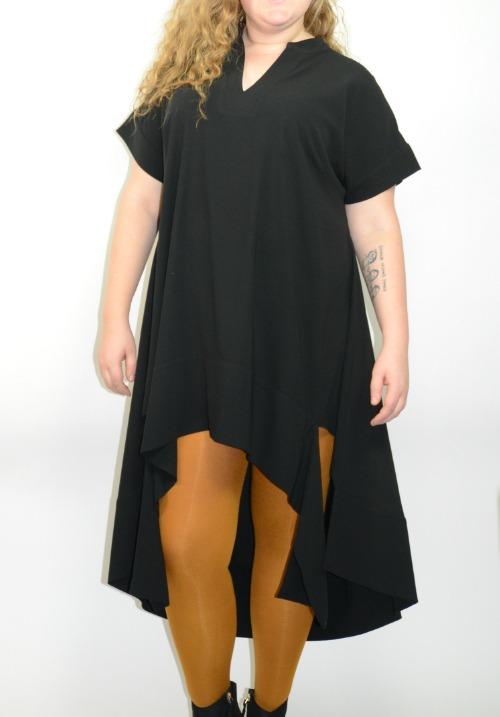 32976e4e40ad Super fed kjole fra Mat i sort