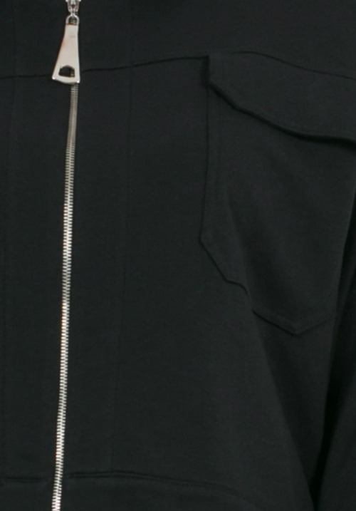 www.plus-Q.dk kort jakke fra Mat Fashion 7201 4124 sort os-2